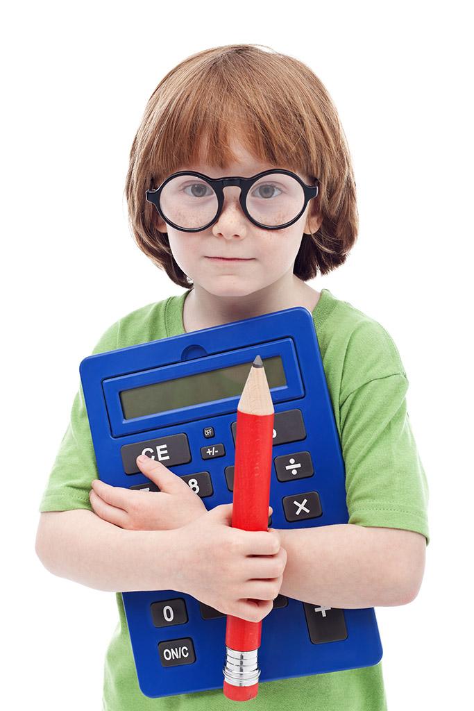 Resultado de imagen de niño calculadora